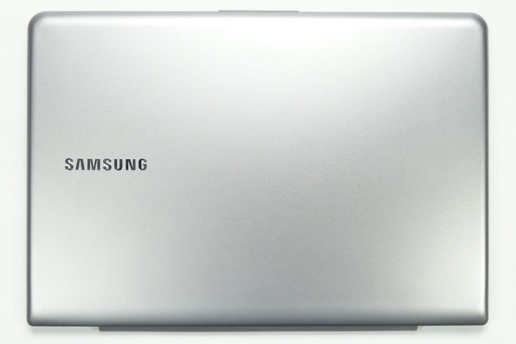 Klapa Matrycy do laptopa SAMSUNG NP530U3C Silver REF